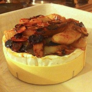recette camembert rôti aux poires et aux amandes - les lubies de louise (3 sur 4)