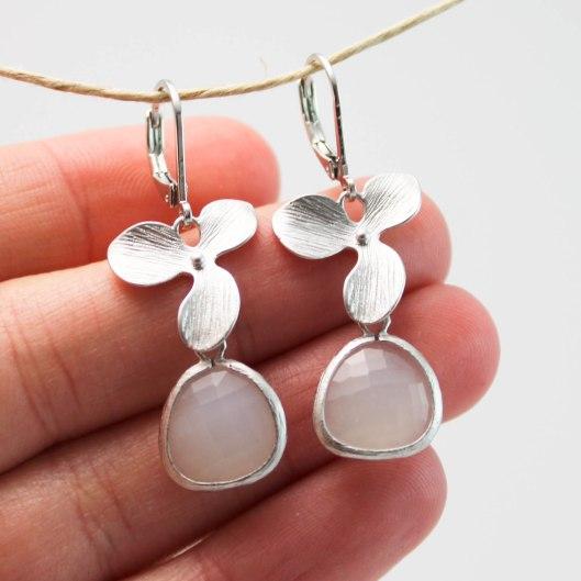 BO - Orchidées asymétriques - blanc - argent - ladybird accessoires (2 sur 3)