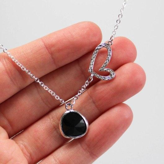 Romance - collier - noir- ladybird accessoires (3 sur 3)