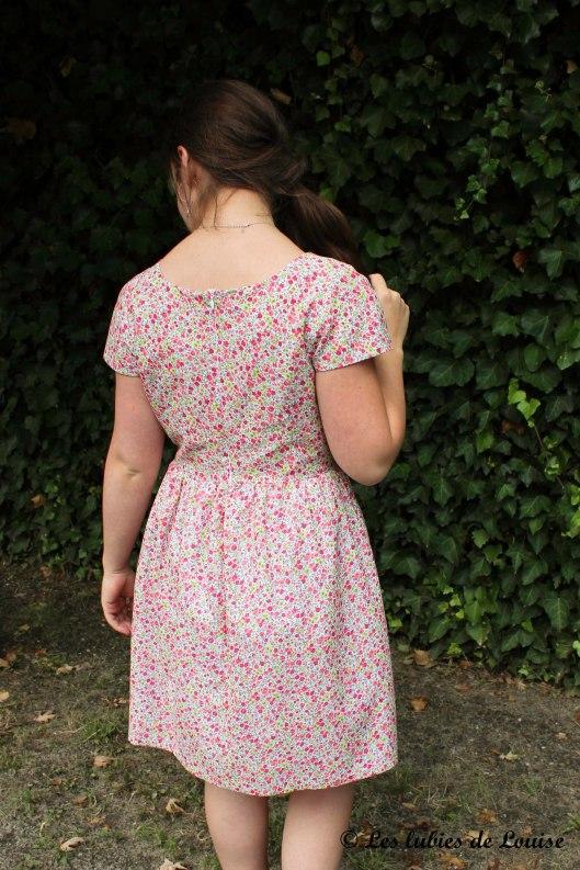 Robe d'anniversaire burda 05-2013 robe 125 - Les lubies de Louise (7 sur 8)
